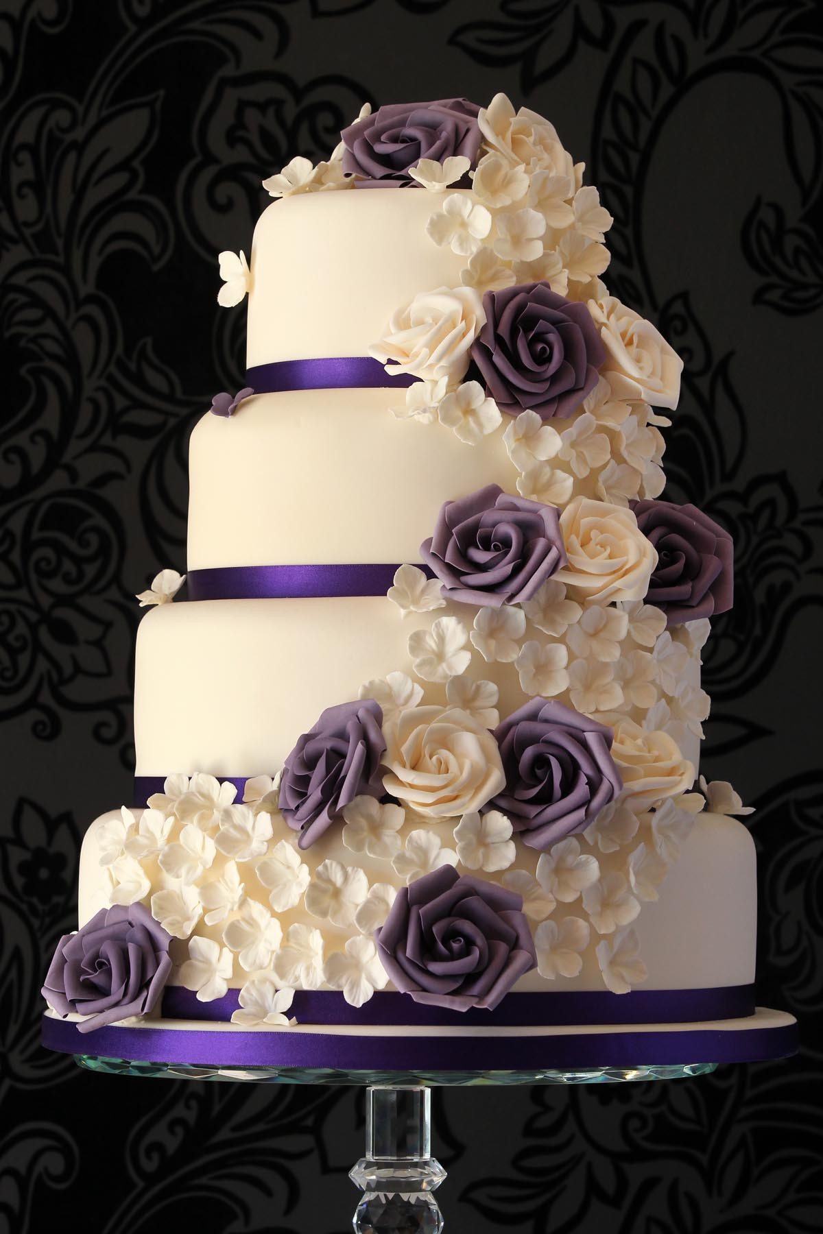 Beautiful Wedding Cake Hot Girls Wallpaper