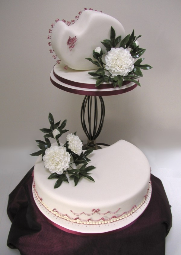 latest wedding cake designs shirley temple fruit cake with marzipan amp ivory 16742